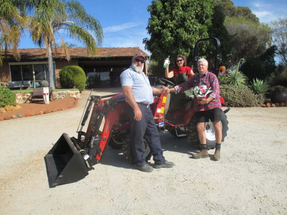 David & Colleen Lawrence taking delivery of their new CASE IH Farmall 20B Compact 4wd Tractor & PLC05 Loader