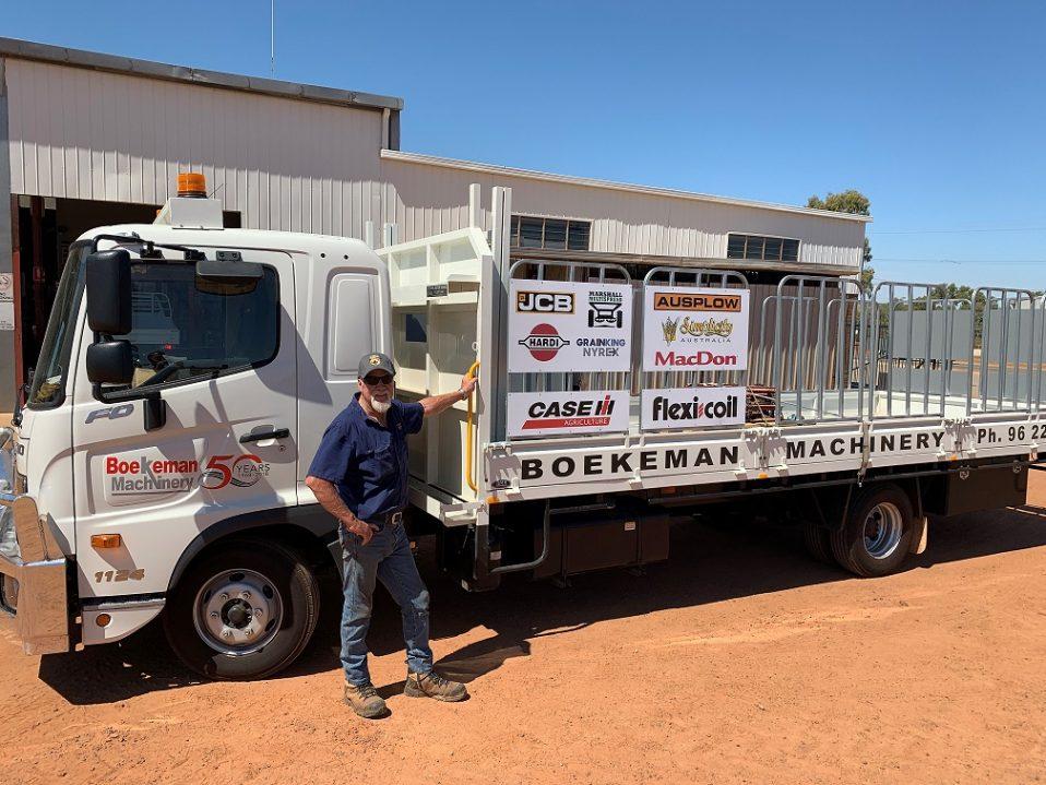 Boekemans New Parts Delivery Service Truck