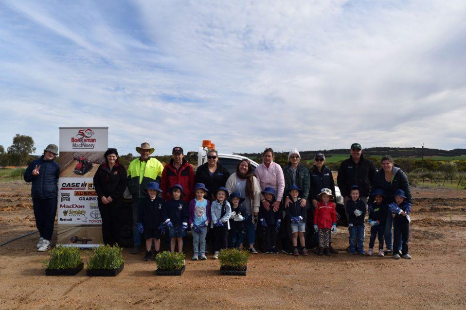 Boekeman team with Wongan Hills District High School & Wongan Ballidu Shire to celebrate National Tree Day 2020